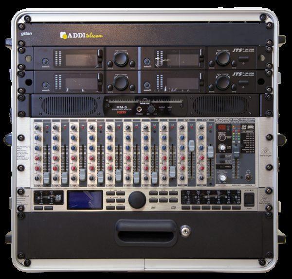 Unidad móvil portable de audio.