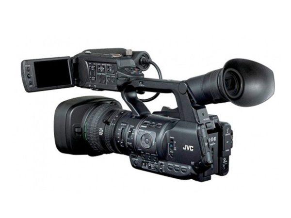 CAMERA JVC-GY-HM660